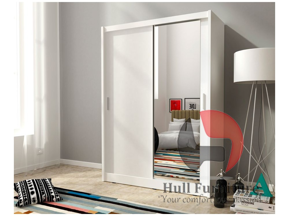 Maja 150cm White Sliding Door Wardrobe With Mirror